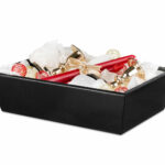 Juwelierseide als Dekoelement im Geschenkkorb