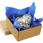 Seidenpapier als Farbklecks im Geschenkkorb
