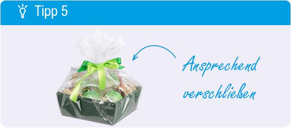 Tipp Geschenkorb packen: Ansprechend verschließen