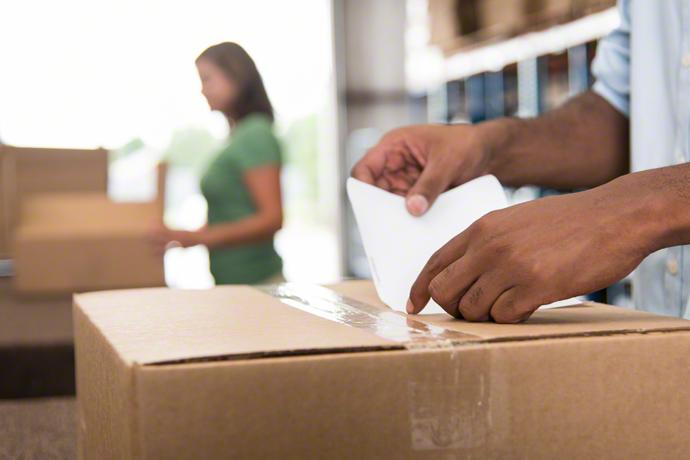 Verpacken beim Online-Händler